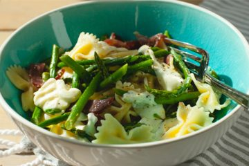 Asparagus-with-pasta